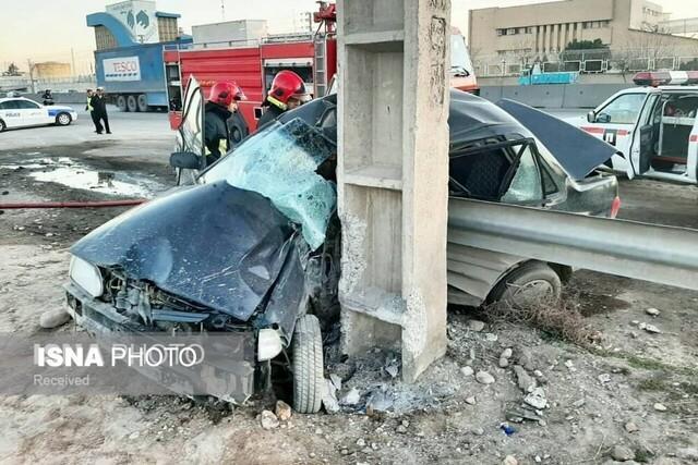 برخورد مرگبار پراید با تیر برق در جاده مشهد به چناران