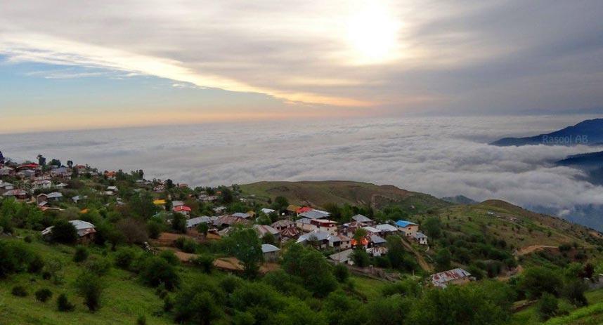 سفری به فیلبند روستایی رویایی بر فراز ابرها