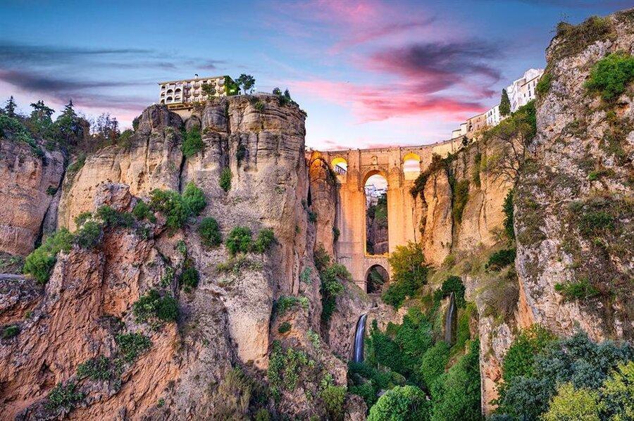 10 پل زیبا در جهان را بشناسید ، پل هایی که جاذبه گردشگری شدند